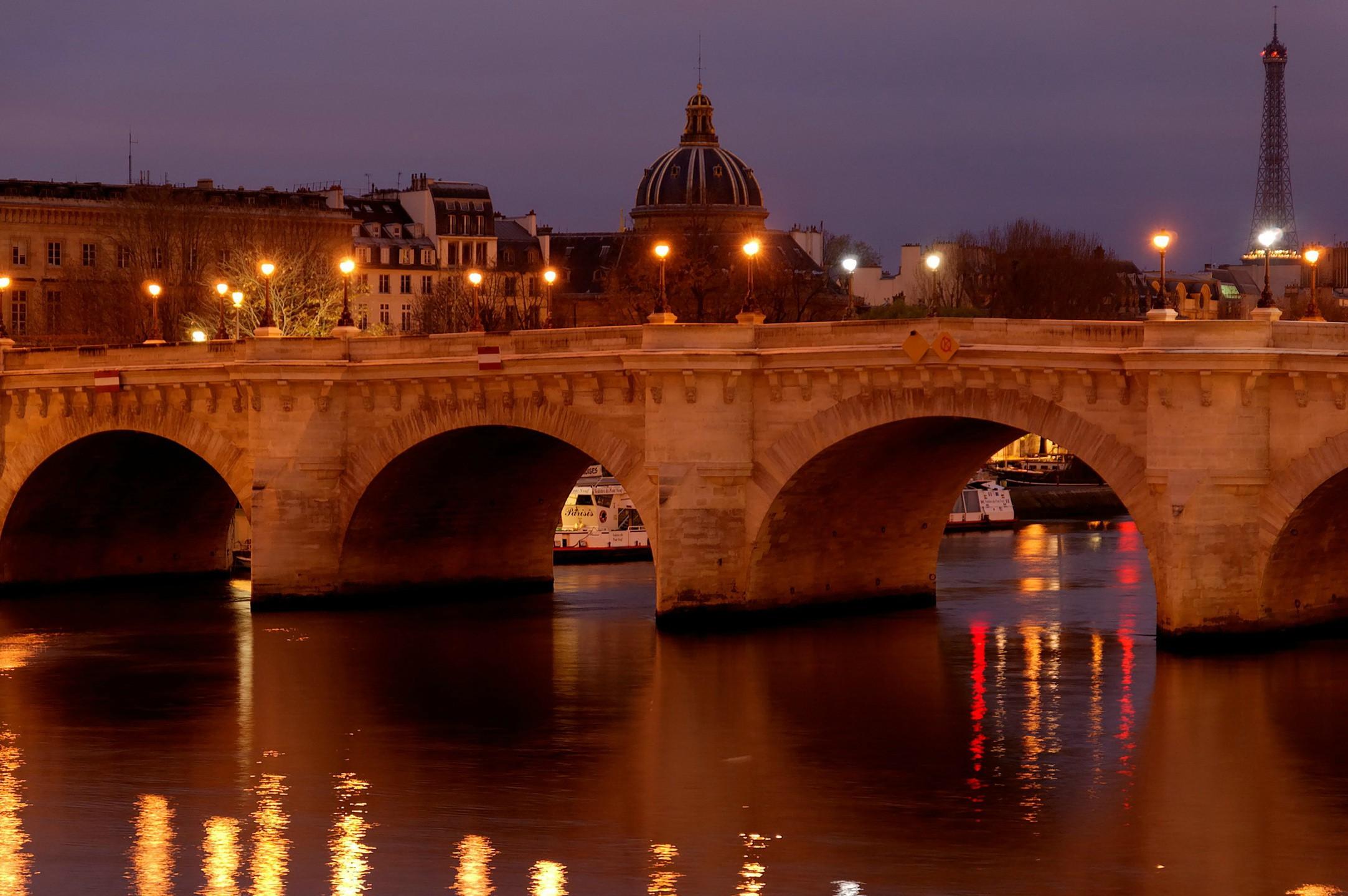 taste-of-parisian-night